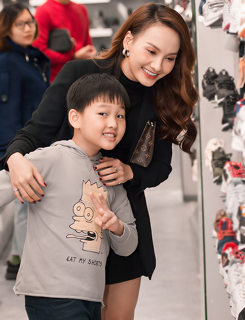 Con trai Bảo Thanh có tên ở nhà là Bin. Cậu nhóc năm nay 8 tuổi. Bảo Thanh kết hôn và sinh con năm 21 tuổi, khi đang là sinh viên Đại học Sân khấu Điện ảnh Hà Nội.