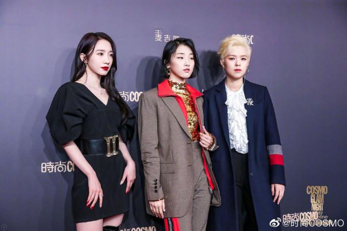 <p> Các thành viên Rocket Girls 101 gồm Mạnh Mỹ Kỳ, Yamy, Sunnee (từ trái sang) khoe vẻ cá tính trên thảm đỏ.</p>