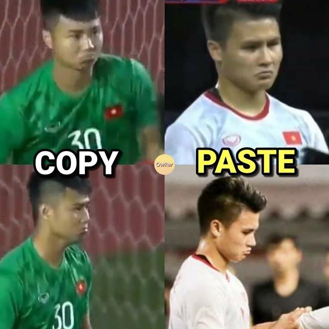 <p> Sự trùng hợp biểu cảm của thủ môn Văn Toản và đội trưởng Quang Hải khiến CĐV thích thú. Quang Hải rời sân sớm vì chấn thương. Hiện, tiền vệ sinh năm 1997 đang được kiểm tra chấn thương.</p>