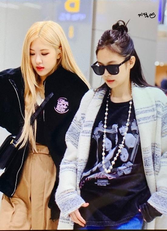 Black Pink, BTS, Twice hội ngộ tại sân bay - 1