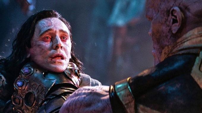 <p> Josh Brolin, người đóng vai Thanos trong <em>Avengers: Infinity War</em>, tiết lộ anh rất khó chịu với cảnh giết Loki. Brolin cho rằng việc bóp nghẹt một nhân vật quá sức tàn bạo với anh. Brolin còn cảm thấy thương nam diễn viên Tom Hiddleston vì đó là cảnh phim cuối cùng của anh ta.</p>