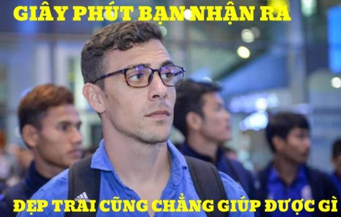 <p> HLV trưởng U22 Campuchia năm nay mới 31 tuổi. Anh là HLV trẻ nhất đối đầu với ông Park Hang-seo trong 2 năm trở lại đây.</p>