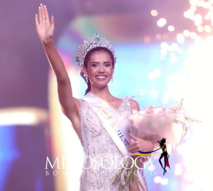 <p> Đêm chung kếtMiss Supranational 2019 vừa khép lại với sự lên ngôi của thí sinh đến từ Thai Lan, Anntonia Porsild, 22 tuổi.</p>