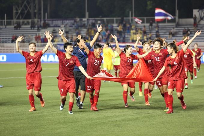 <p> Với 6 lần đăng quang, tuyển nữ Việt Nam vượt qua chính đối thủ Thái Lan thành đội giàu thành tích nhất trong lịch sử SEA Games.</p>