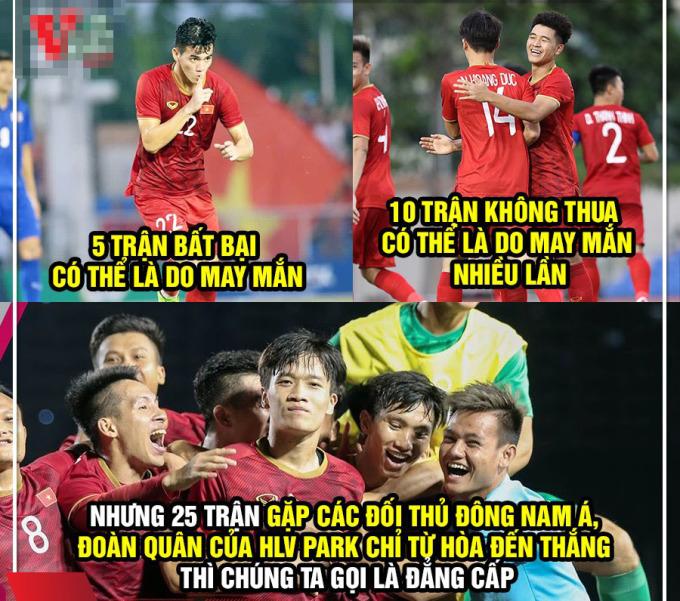 <p> CĐV động viên tinh thần học trò ông Park. Tại SEA Games 30, U22 Việt vẫn giữ thành tích bất bại.</p>