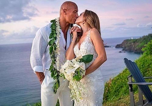 Ảnh ngày cưới được The Rock chia sẻ trên trang cá nhân.