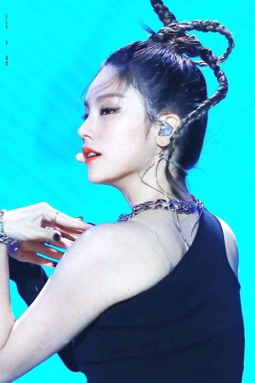 Yeji (ITZY) - Nữ idol cân được mọi kiểu tóc ấn tượng - 5
