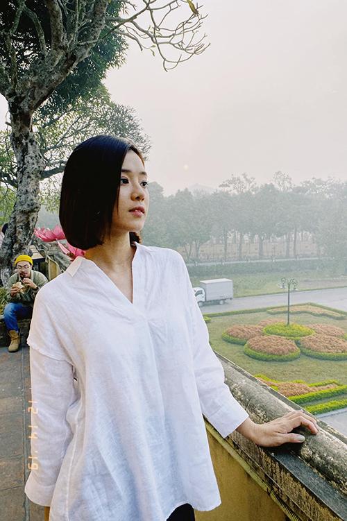 Hoàng Yến Chibi đẹp dịu dàng trong ngày đông Hà Nội.