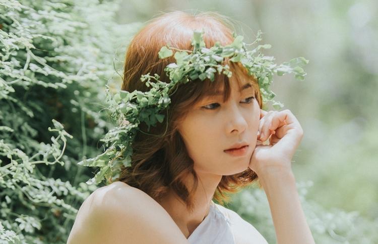 Anna tên thật là Nguyễn Thị Ngọc Ánh, sinh năm 1999. Cô có tài lẻ võ thuật cạnh chuyên môn chính ca hát.