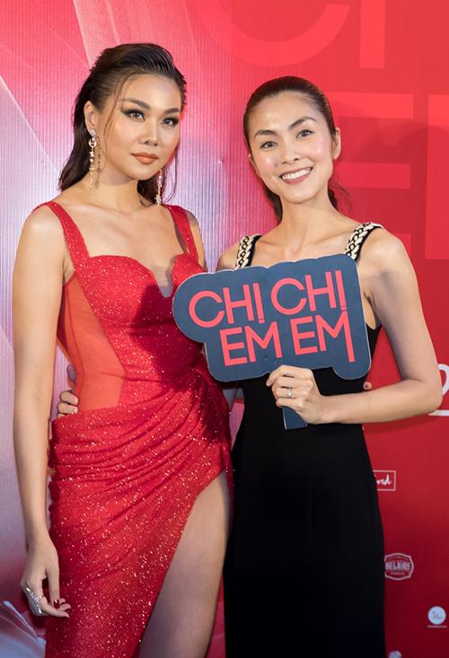 Song Hà chụp ảnh chị chị em em với Thanh Hằng - 6