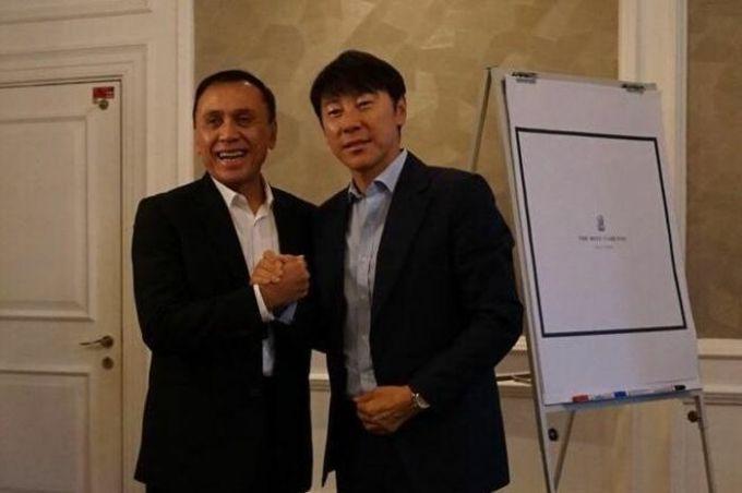 Indonesia lại mời 'đồng hương thầy Park' làm HLV trưởng
