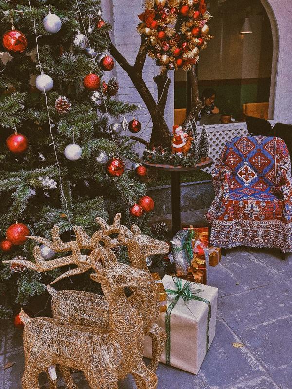 Trang trí theo chủ đề Giáng sinh.