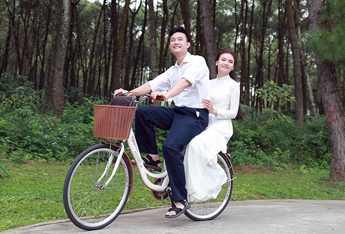 Tiến Lộc và Phạm Phương Thảo.