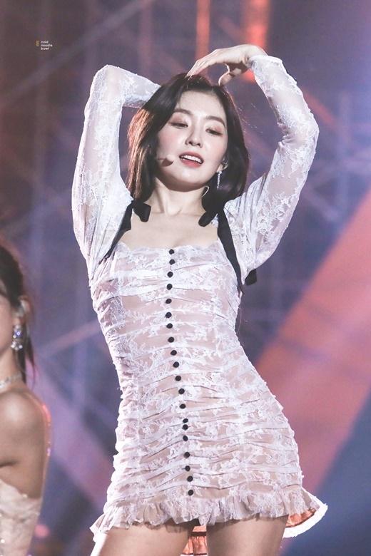 Red Velvet thoát kiếp mặc xấu nhờ đổi stylist - 14