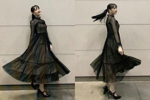 Ye Rin (GFriend) tung váy tạo dáng lãng mạn.