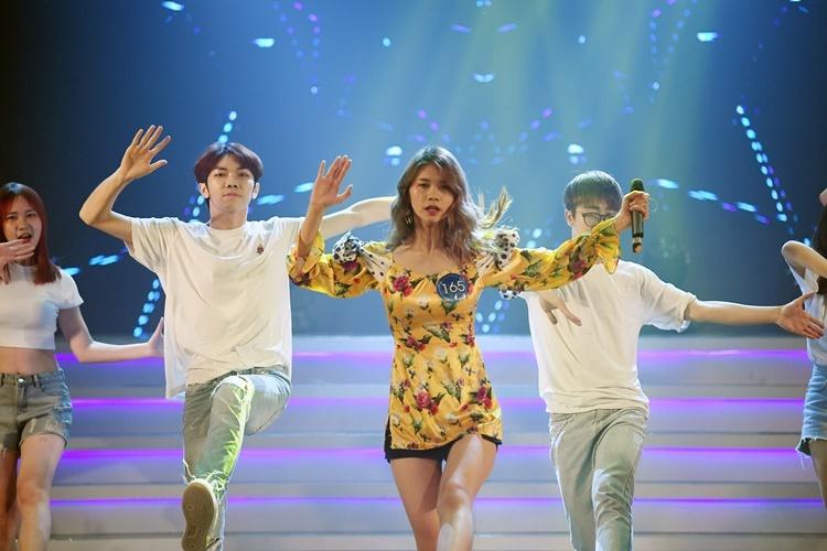 Nữ sinh 17 tuổi giành quán quân thi cover nhạc Hàn Quốc - 4