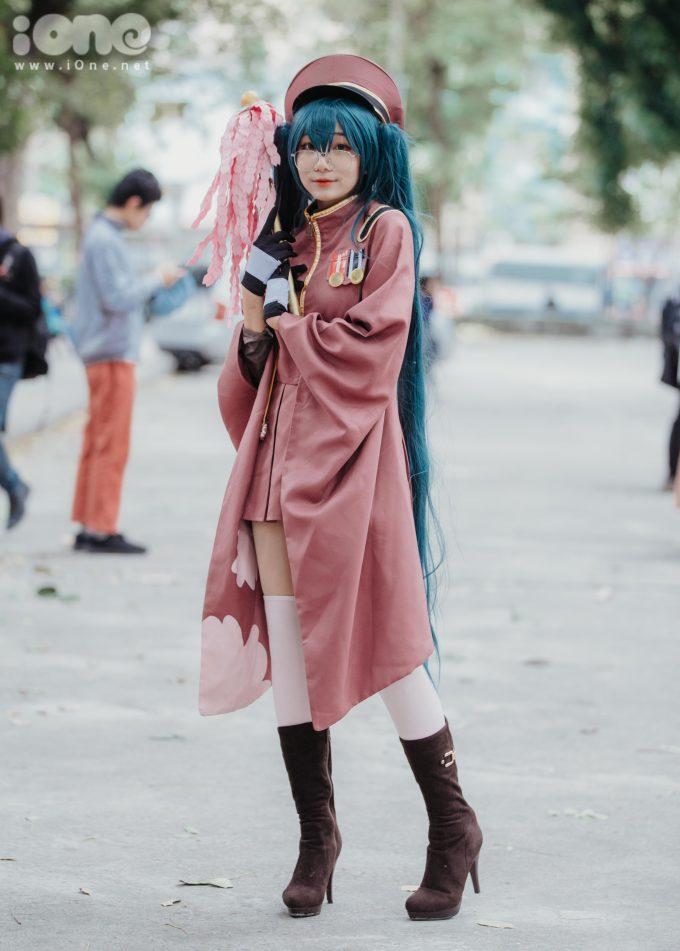 <p> Nguyễn Khánh Lê (THPT Đông Kinh, Hà Nội) cosplay thành ca sĩ Miku Senbon (Nhật Bản).</p>