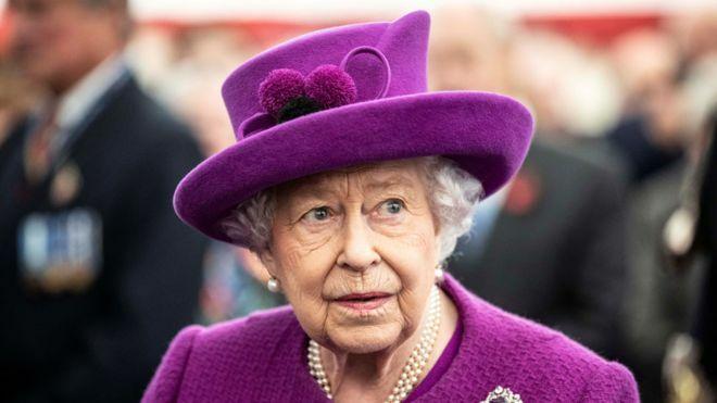Nữ hoàng Anh,  Elizabeth. Ảnh: Reuters.