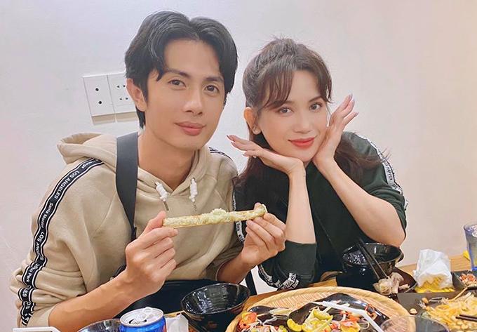 Huỳnh Phương và bạn gái Sĩ Thanh rủ nhau đi ăn.