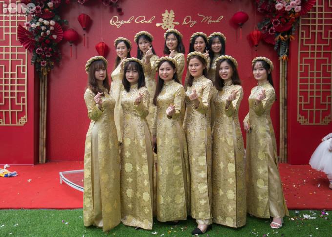 <p> Dàn phù dâu toàn gái xinh của cô dâu Quỳnh Anh.</p>