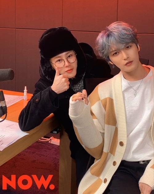 Kim Jae Joong làm khách trên show radio Midnight Idol do Ha Sung Woon chủ trì.