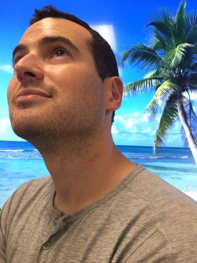 <p> Nghỉ tết, bạn ao ước được nằm trên bãi cát trắng trắng phau dưới hàng dừa xanh, lặng nghe tiếng sóng biển rì rào và...</p>