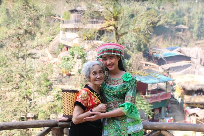 <p> Suốt chuyến đi, bà ngoại đã tiếp thêm sức mạnh và động lực rất lớn cho Nguyễn Quang và Quế Phi. Đó là tinh thần chiến thắng bản thân, phải tin tưởng vào những gì mình đặt ra và quyết không từ bỏ.</p>