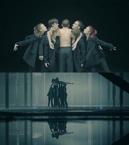 MV đầy tính ẩn dụ nghệ thuật của Black Swan.