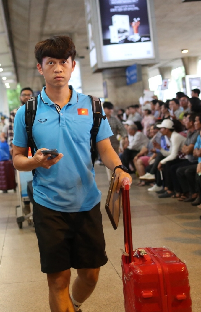 <p> Tiền vệ Trần Thanh Sơn.</p>