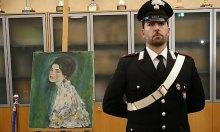 Bức tranh triệu đô bị trộm giấu trong hốc tường là tranh thật