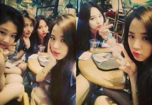 Ji Soo và Na Yeon thuở chưa ra mắt.
