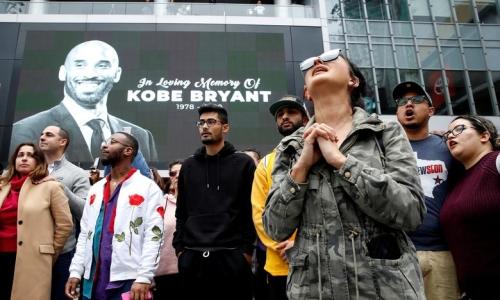 Người hâm mộ tưởng niệm Kobe Bryant