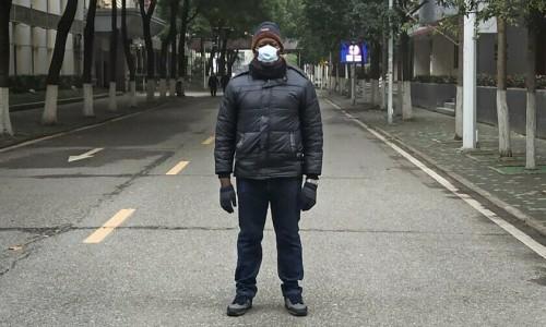 Những người 'chôn chân' ở Vũ Hán
