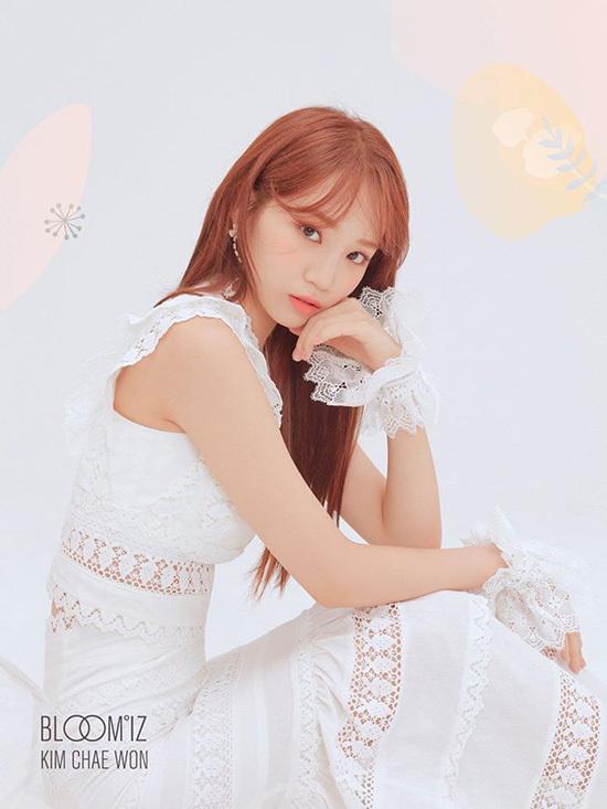 Kim Chae Won được đánh giá là thành viên toàn năng vừa có nhan sắc, vừa có giọng hát live ổn định trong nhóm.