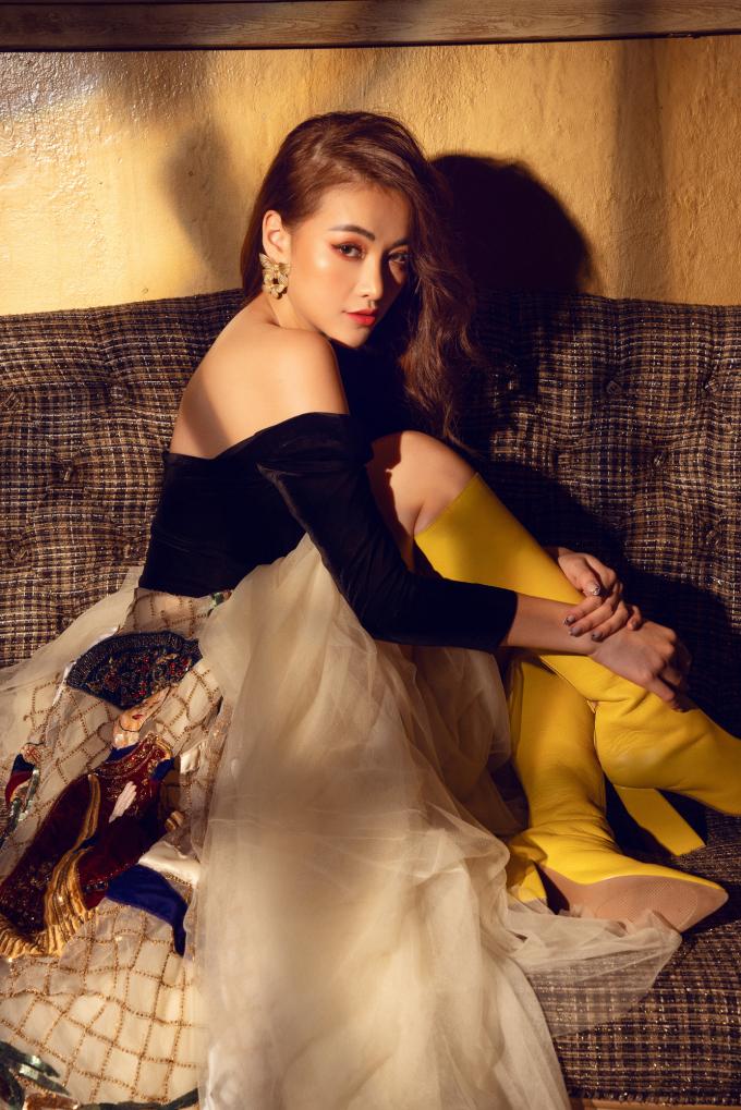 <p> Bộ ảnh được thực hiện sau một năm Phương Khánh trao lại vương miện Hoa hậu Trái đất cho người kế nhiệm.</p>