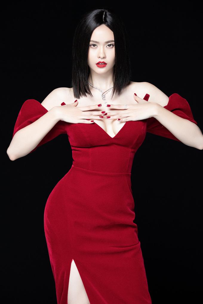 """<p> Khi đứng trước sóng gió hôn nhân, Trương Quỳnh Anh """"nghiệm"""" ra được nhiều thứ. Nữ diễn viên giữ tinh thần thoải mái, sống theo cách riêng và không ngại làm mới bản thân.</p>"""