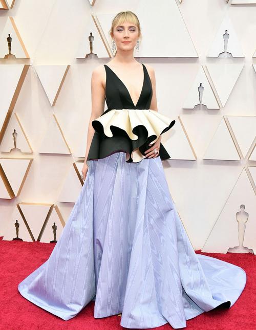 Nữ diễn viên phim Little WomenSaoirse Rona
