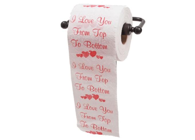 """<p> Giấy vệ sinh thể hiện tình yêu? Tin chắc rằng mỗi khi sử dụng, bạn sẽ luôn nhớ về """"người ấy"""".</p>"""