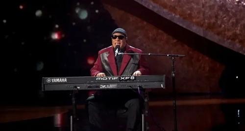 Bạn có biết những nghệ sĩ này dành được bao nhiêu Grammy không? - 7