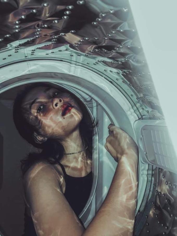 """<p> Ánh sáng cùng độ phản chiếu trong máy giặt đủ để tạo ra sản phẩm """"rất gì và này nọ"""".</p>"""