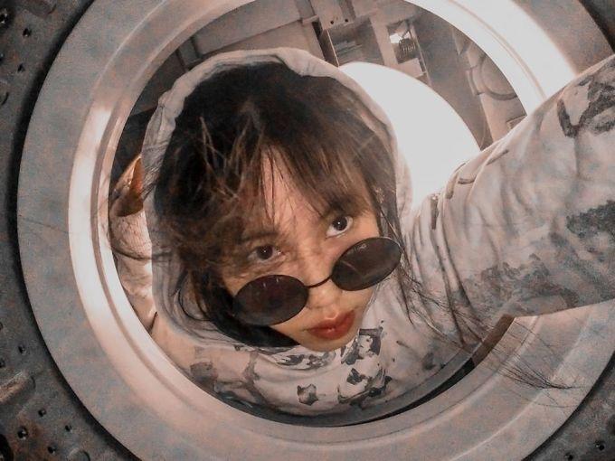 <p> Thêm chiếc mũ của phi hành gia là đủ cho chuyến khám phá vũ trụ rồi nhỉ!</p>