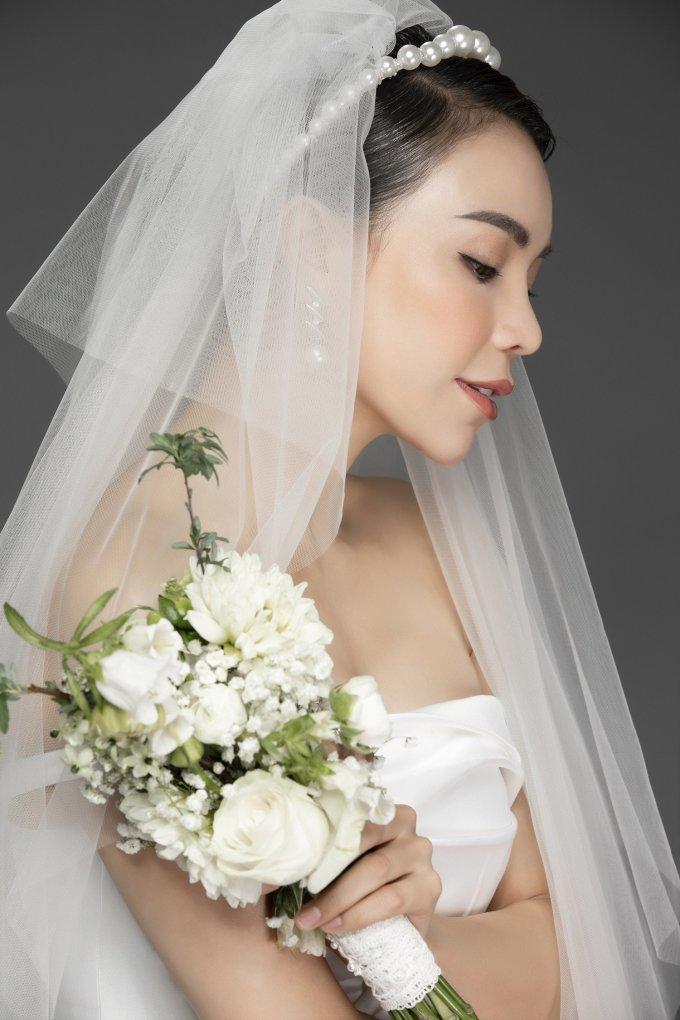 <p> Valentine năm nay với Trà Ngọc Hằng sẽ là ngày đặc biệt của riêng hai mẹ con. Dù không có người yêu, bạn trai bên cạnh, cô vẫn sẽ đón ngày Lễ tình nhân theo cách riêng.</p>