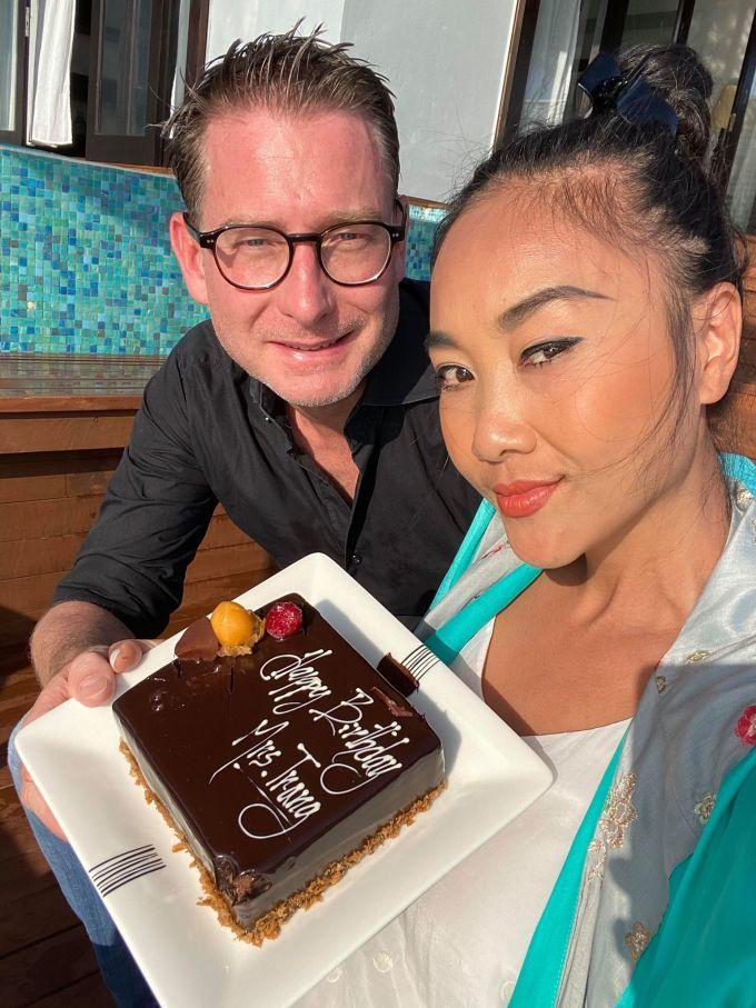 <p> Đoan Trang tiết lộ mình và chồng khá đồng điệu về tính cách và có nhiều sở thích giống nhau như ăn uống, du lịch.</p>
