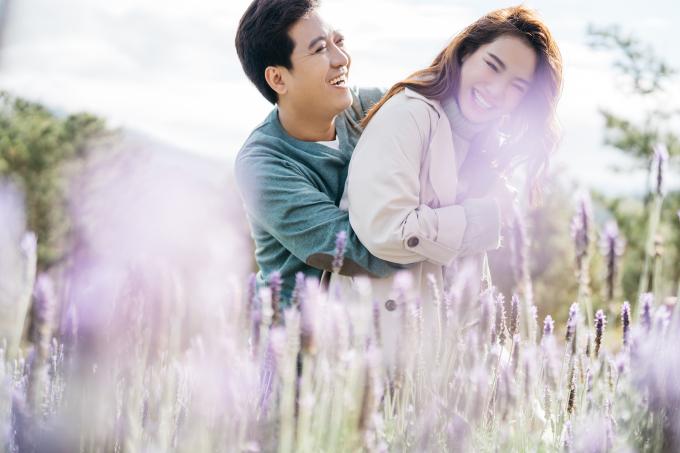 <p> Nhã Phương - Trường Giang mong muốn một cuộc sống yên bình, hạnh phúc.</p>