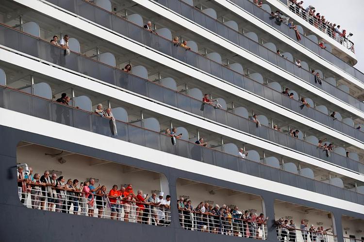 Hành khách trên du thuyền bị 5 nơi hắt hủi: Đây là hành trình tuyệt nhất