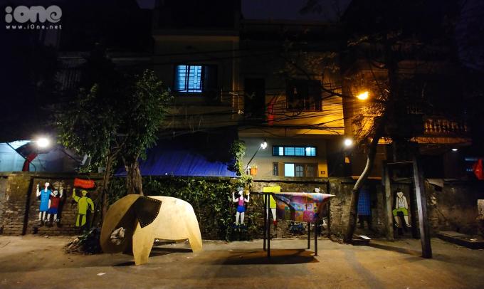 """<p> """"Hy vọng đây sẽ là một điểm nhấn của thành phố, có khả năng thu hút cộng đồng cũng nhưmang lại lợi ích về văn hoá, môi trường và tham quan du lịch cho chính người dân địa phương"""", anh Nguyễn Thế Sơn (Giám tuyển nghệ thuật) cho biết.</p>"""