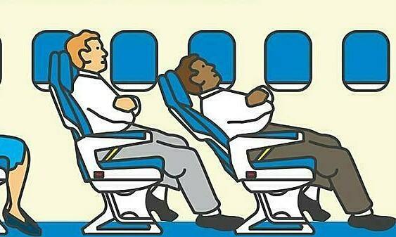 Video gây tranh luận: Bị dọa đuổi khỏi máy bay vì ngả ghế dựa lưng