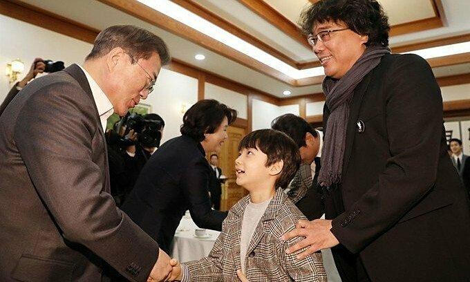 Đoàn phim ''Parasite'' được Tổng thống Hàn vinh danh