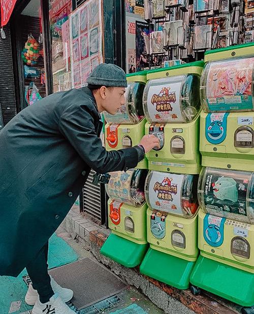 Isaac chụp hình kỷ niệm Đài Loan 2020.