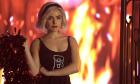 'Chilling Adventures of Sabrina': Thế giới phù thủy teen ma mị, đẫm máu